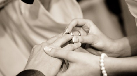 How To Buy Men's Wedding Rings